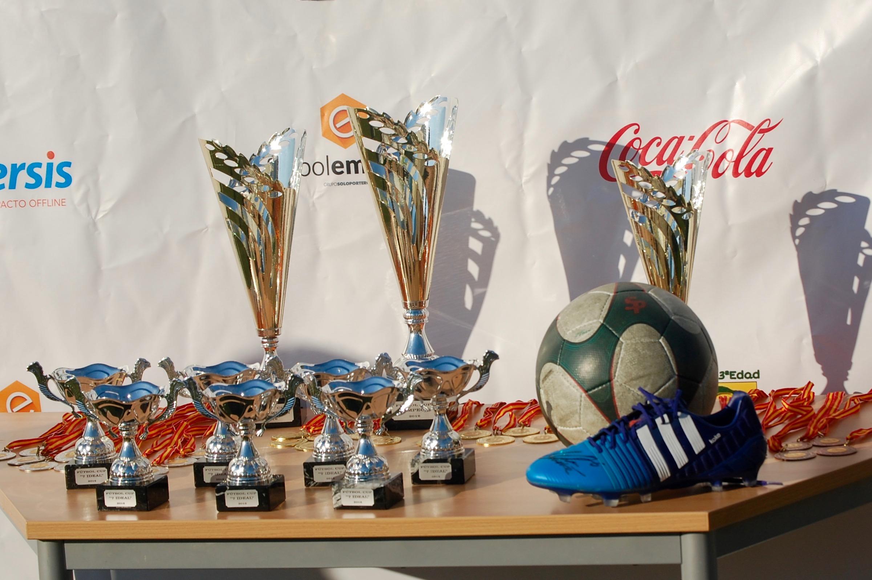 Trofeos FútbolCup 2016 01